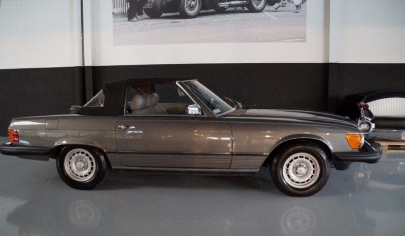 Mercedes-Benz SL-Klasse (R107) 380 full