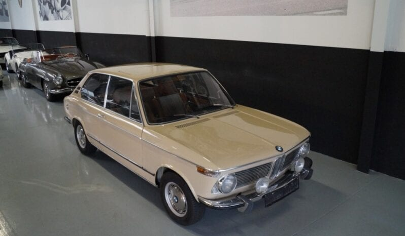 BMW 2000 Tii Touring full